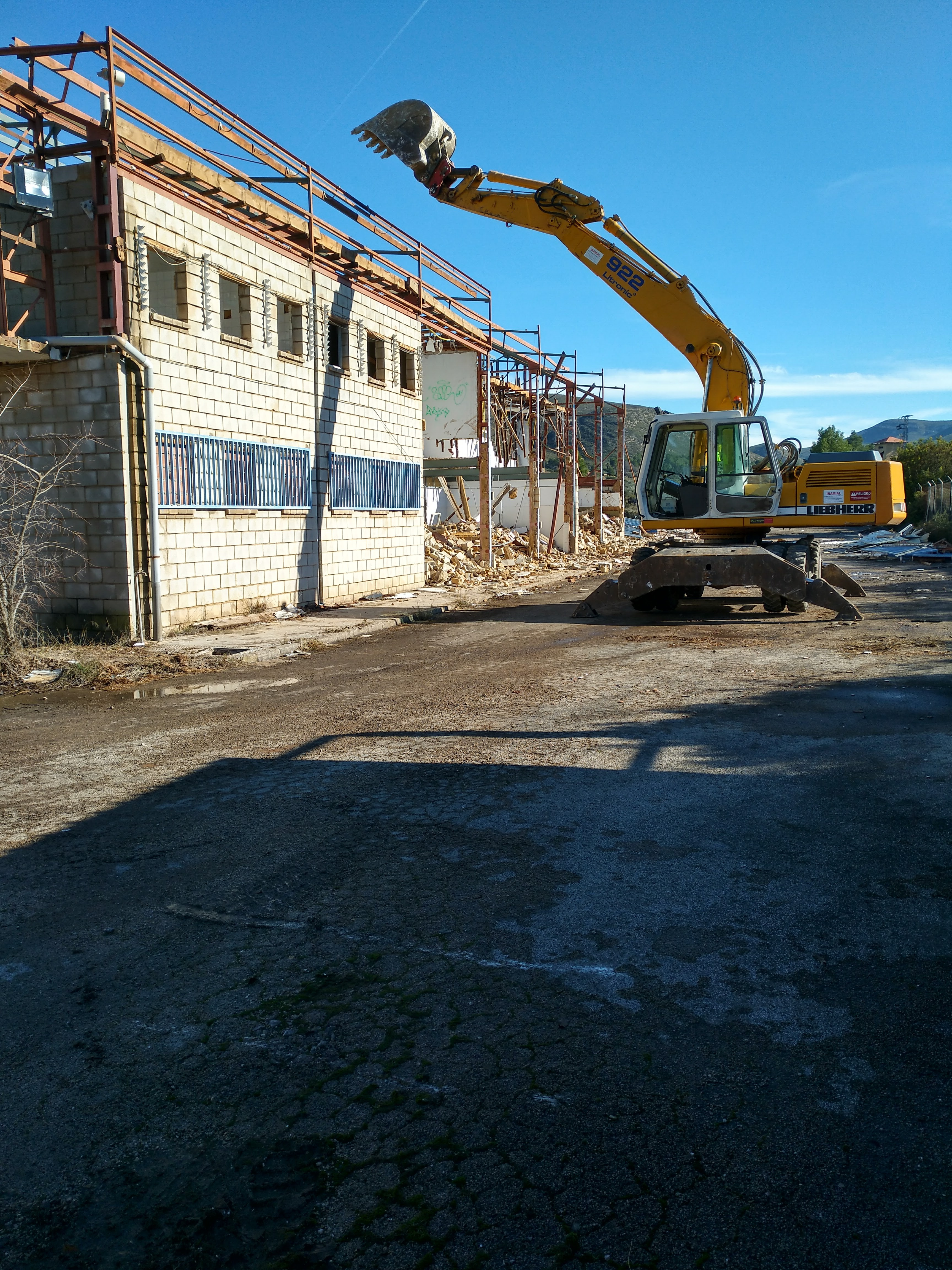 Excav-y-Demol-12